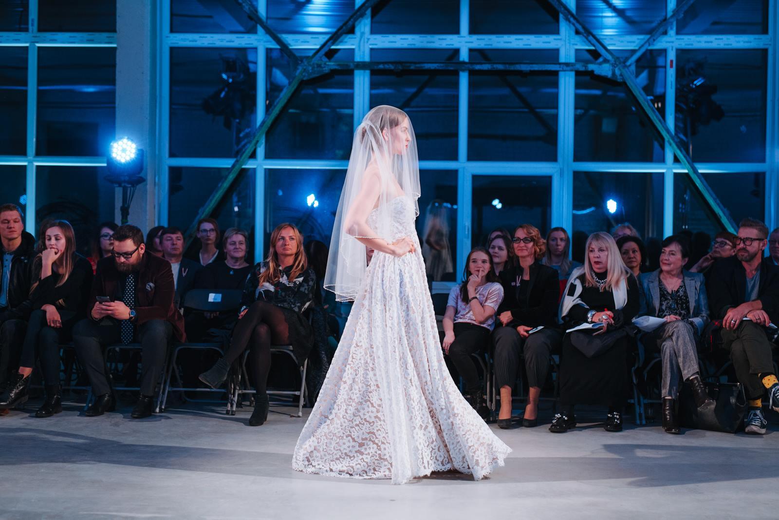 Amelia-wedding-dresses-131