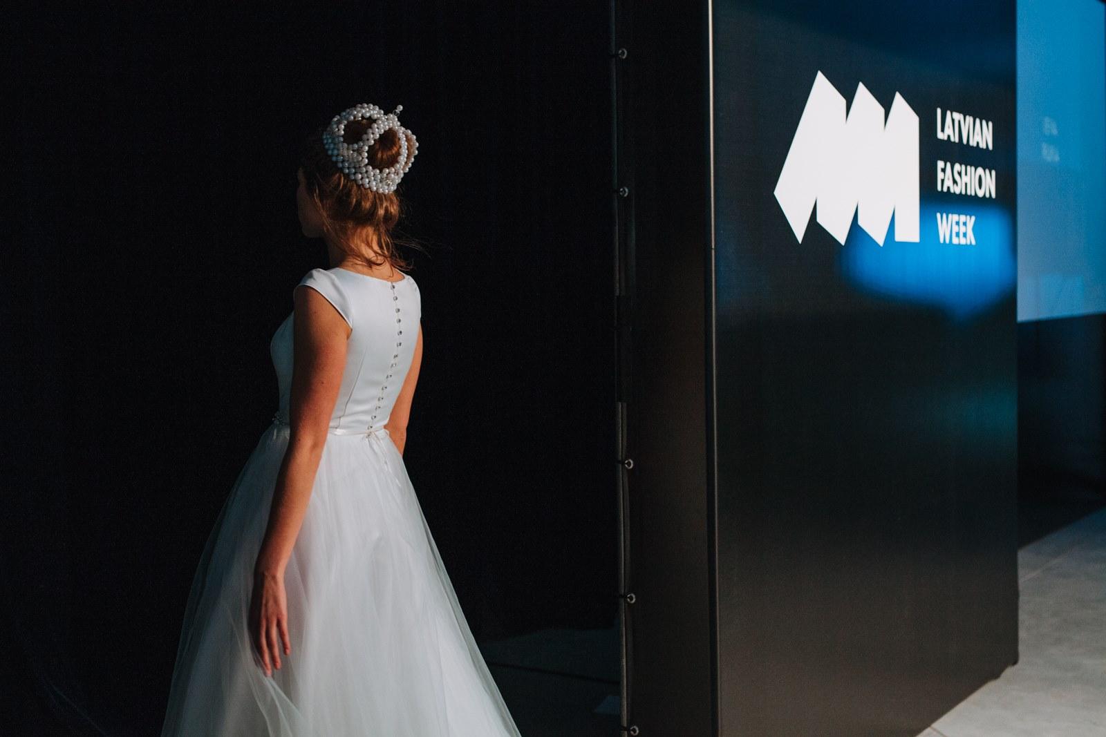 Amelia-wedding-dresses-135