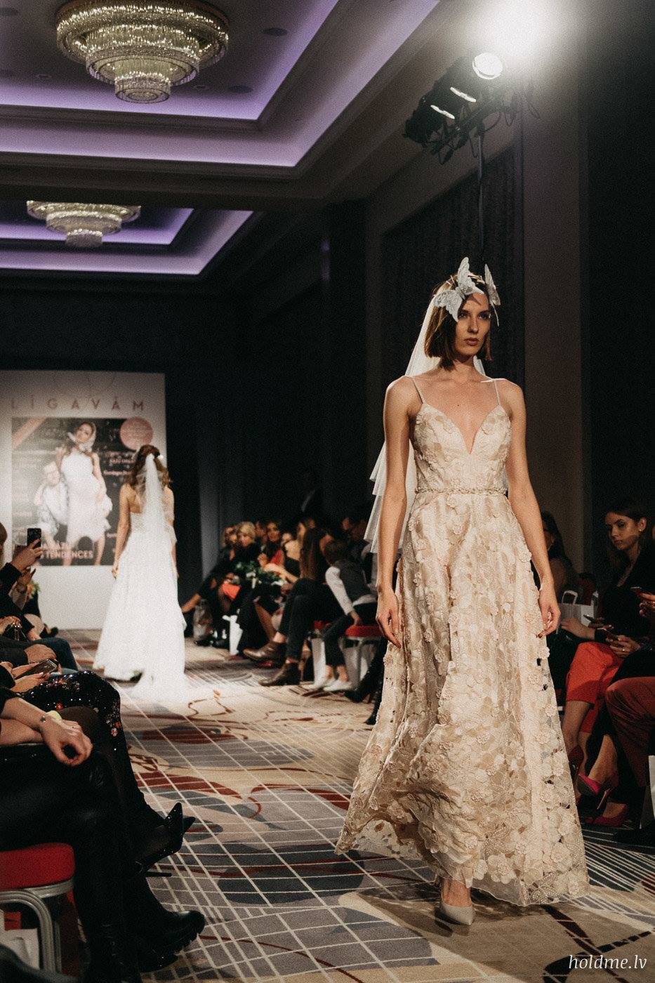 Amelia-wedding-dresses-146
