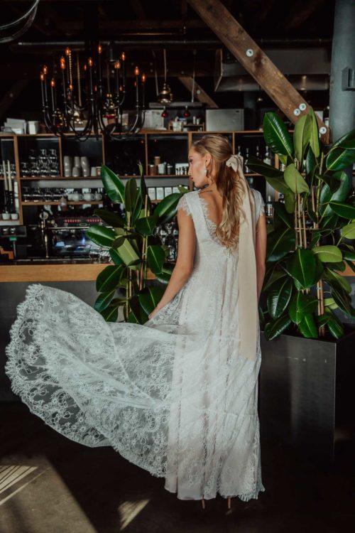 Alluring - Amelii Wedding Dress