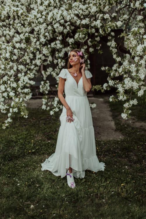 Butterfly - Amelii Wedding Dress Meta description preview: