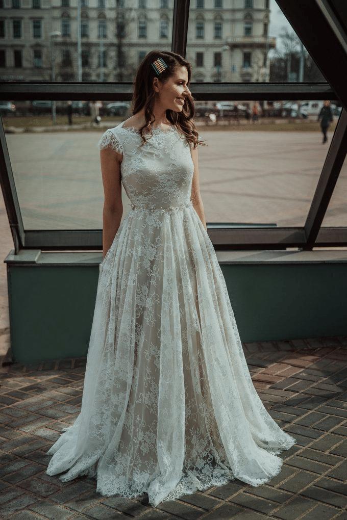 Amelia-wedding-dresses-blog-311