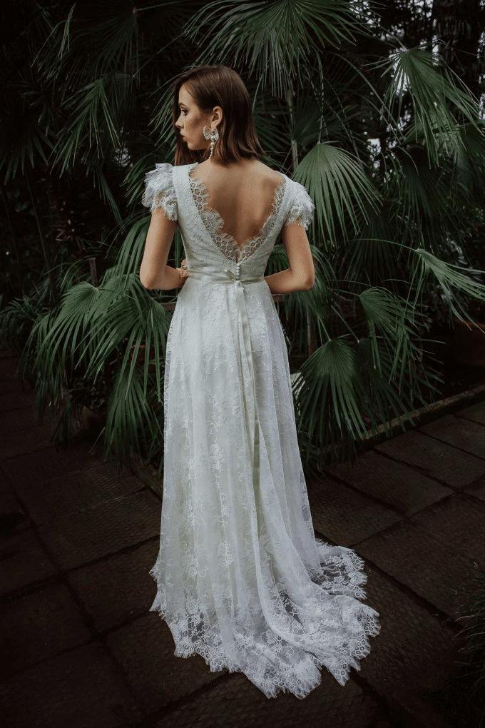 Amelia-wedding-dresses-blog-313