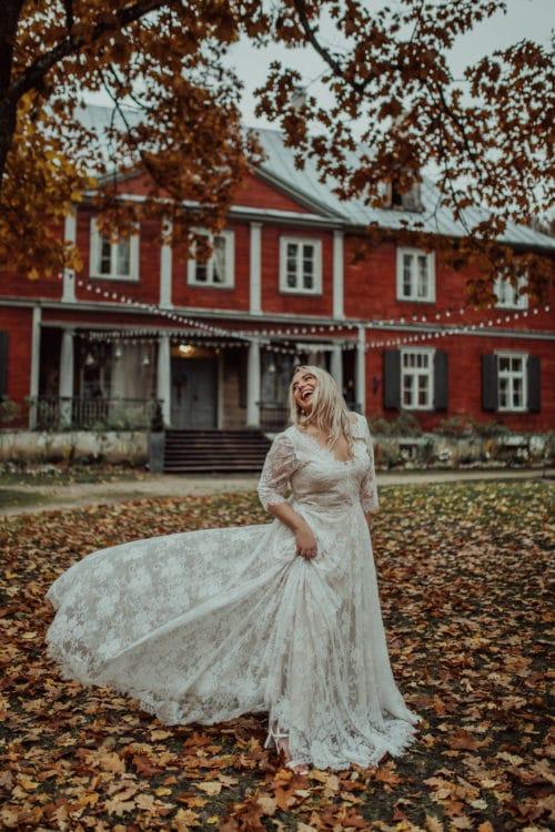 Amelii Plus size Wedding Dress