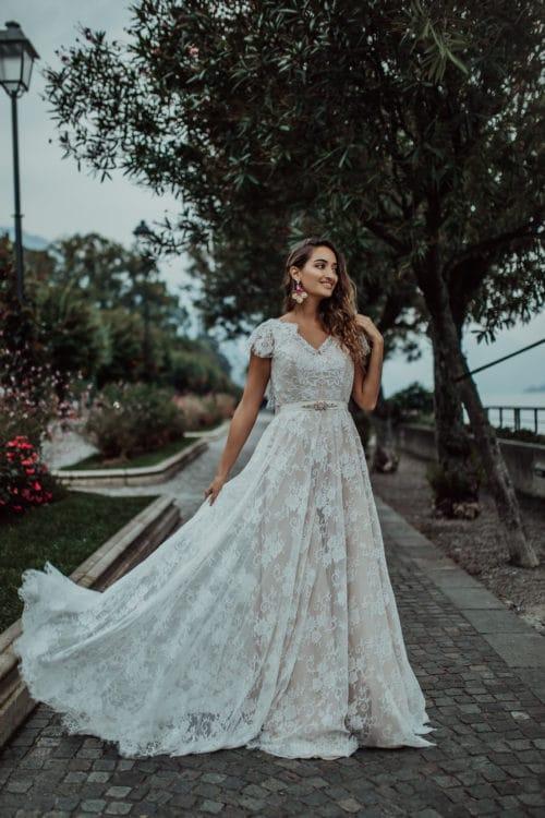 Amelii wedding dress Glorious Lace
