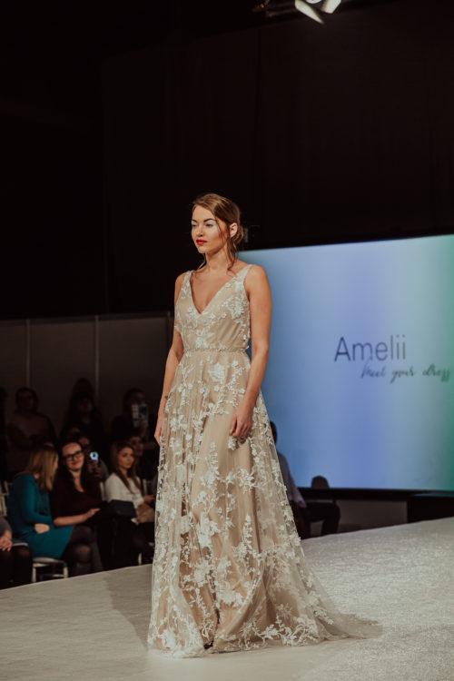 Elegant chic Amelii wedding dress